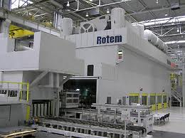 robot continuous metal stamping line.jpg