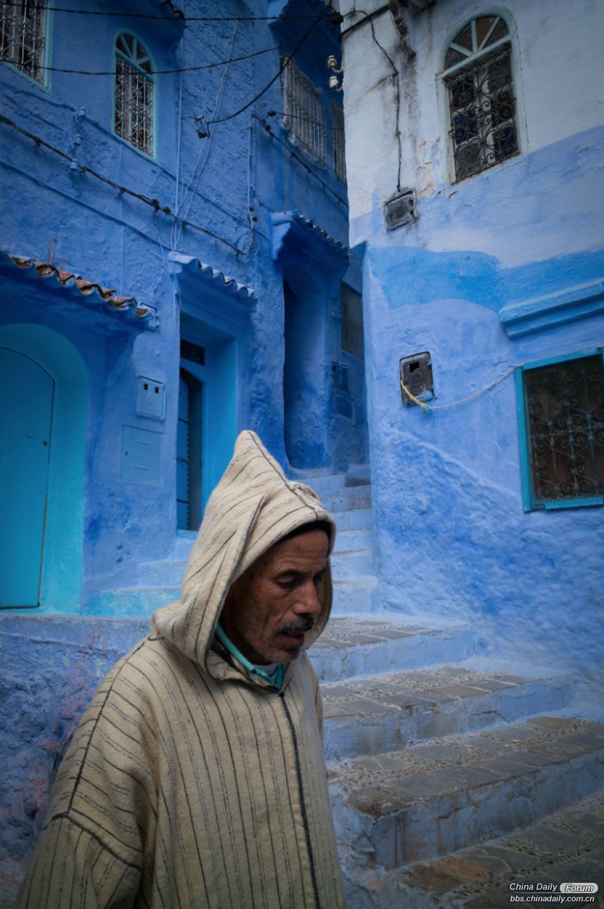 Chefchaouen-the-blue-pearl-of-Morocco-58e6311ccbd42-png__880.jpg