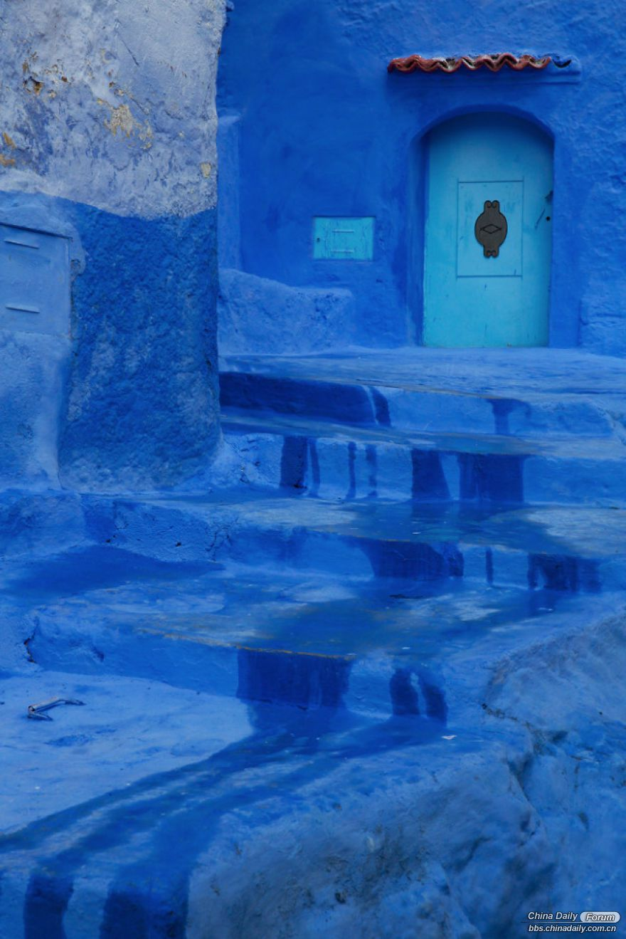 Chefchaouen-the-blue-pearl-of-Morocco-58e6323e27515-png__880.jpg